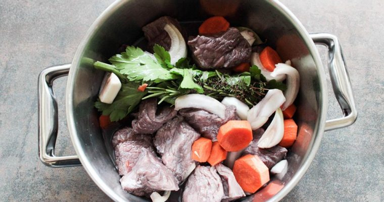 Boeuf bourguignon (hovädzie po burgundsky)