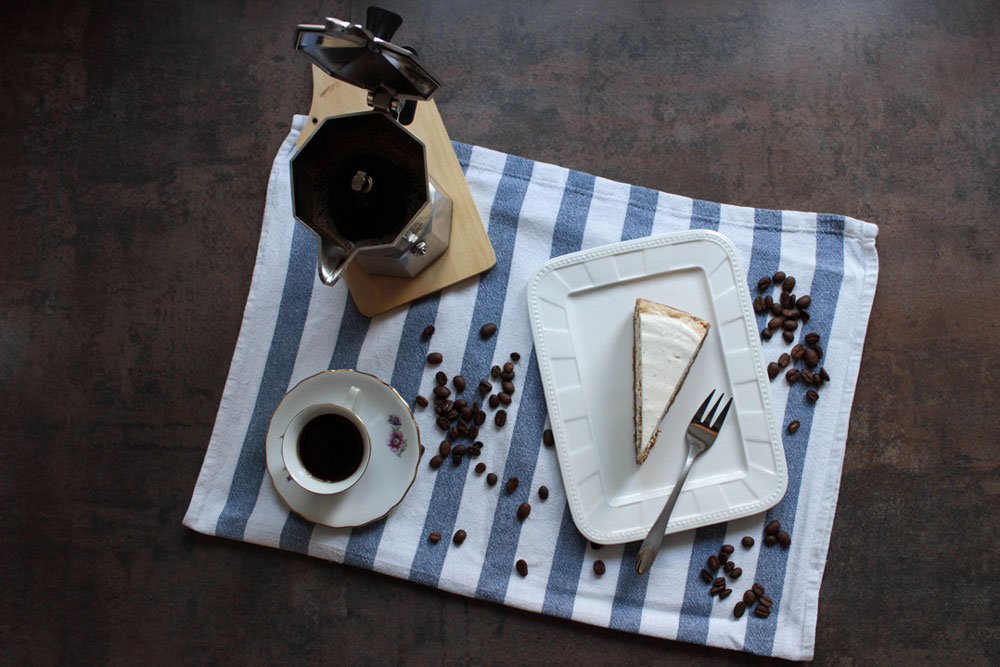 Coffee-quark cake